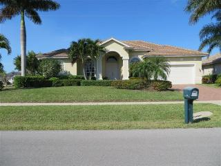 Marq400 - 400 Marquesas Court - Marco Island vacation rentals