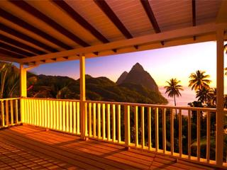 Charming 16 bedroom House in Soufriere - Soufriere vacation rentals