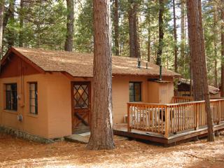 (3) Bassett Cedar Rock Cabin II - Wawona vacation rentals