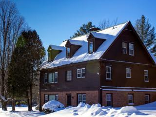 Perfect Reunion house - Pool, tennis, sleeps 20! - Manchester vacation rentals