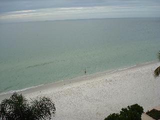 2 bedroom condo on the beach facing sunsets - Naples vacation rentals