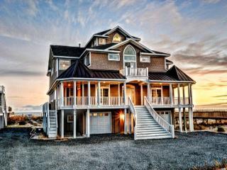 Hampton Colony 634 Oceanfront! | Community Pool, Hot Tub, Elevator, Internet - North Topsail Beach vacation rentals