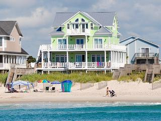 638 Hampton Colony Like New, 7BR, Pool, Hot Tub, Oceanfront, Elevator     Rent any open week in 2016 and save 10%!! - North Topsail Beach vacation rentals