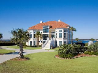 Sailview Drive 25 Oceanview! | Internet, Community Pool, Elevator, Jacuzzi, Fireplace - North Topsail Beach vacation rentals