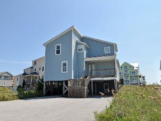 Hampton Colony 636 Oceanfront-B Lot! | Community Pool, Wedding Friendly, Jacuzzi - North Topsail Beach vacation rentals