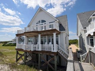Island Drive 4246 Oceanfront! | Internet, Community Pool, Hot tub, Jacuzzi, Fireplace - North Topsail Beach vacation rentals