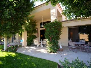 Lovely 2 bedroom Condo in La Quinta - La Quinta vacation rentals