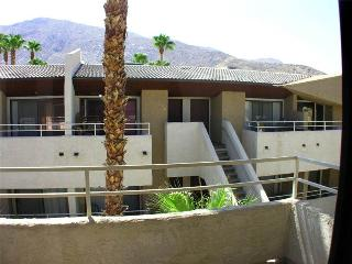 Biarritz Cozy Getaway BI188 - Palm Springs vacation rentals