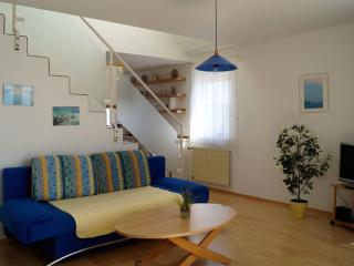 Vacation Apartment in Friedrichshafen - 646 sqft, comfortable, relaxing, warm (# 2715) - Überlingen vacation rentals