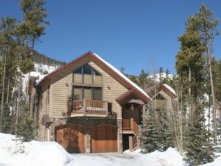 Mount Royal Lodge - Beautiful Home in The Reserve! - Frisco vacation rentals