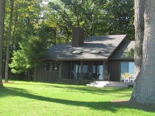 Cozy 3 bedroom House in Au Gres - Au Gres vacation rentals