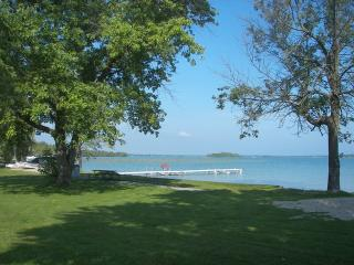 Perfect House in Presque Isle with A/C, sleeps 6 - Presque Isle vacation rentals