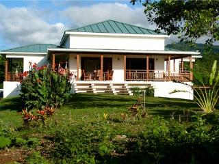 3 bedroom House with Internet Access in South Coast - South Coast vacation rentals