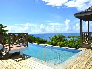 3 bedroom House with Private Outdoor Pool in South Coast - South Coast vacation rentals