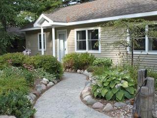 Bayshore Bliss on East Bay in Elk Rapids - Elk Rapids vacation rentals