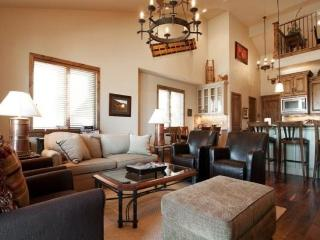 Hottest New Community in Deer Valley- Luxury Just Minutes from Gondola Access - Park City vacation rentals