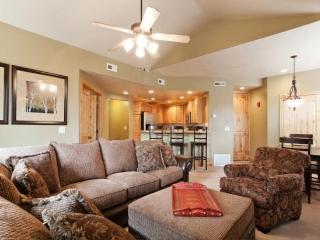Mountain Luxury Townhome at Redstone with Canyons & Olympic Park Views ! - Park City vacation rentals