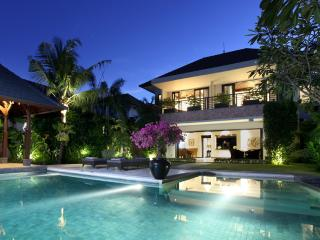 KEJORA VILLAS -  ELEVEN KEJORA -BEACHFRONT VILLA - MARCH & JUNE STILL AVAILABLE - Sanur vacation rentals