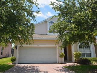 Luxury 5 Bed/4 Bath Villa with pool near to Disney - Davenport vacation rentals