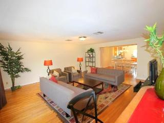 West Hollywood 3 bedroom with PRIVATE POOL (4183) - West Hollywood vacation rentals