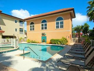 Perfect 3 bedroom Condo in Holmes Beach with Internet Access - Holmes Beach vacation rentals