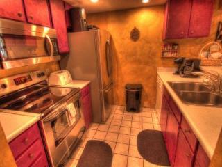 CM416 Copper Mtn Inn  7BR  4BA - Center Village - Copper Mountain vacation rentals