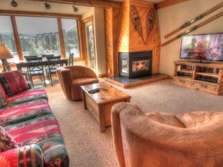 SH404 Summit House 2BR 2BA - Center Village - Copper Mountain vacation rentals