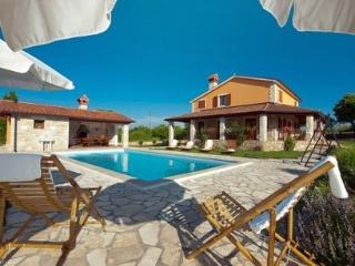 Holiday villa in Rabac for rent - Rabac vacation rentals