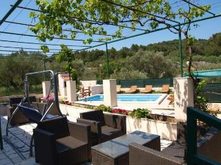 4 bedroom apartment with pool, Korcula - Vela Luka vacation rentals
