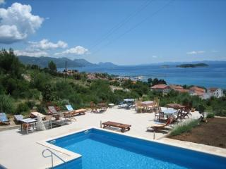 Wonderful seaside villa with a pool, for rent - Peljesac peninsula vacation rentals