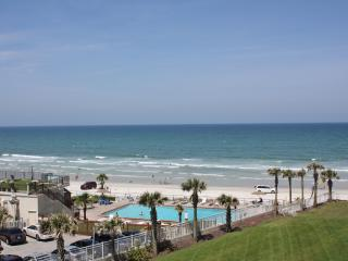 Ocean Front Condo at the Luxurious Ocean Vistas. - Daytona Beach vacation rentals