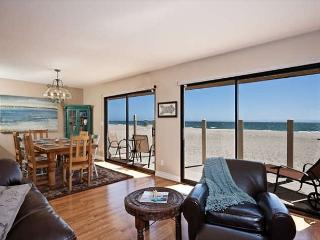 Beautiful oceanfront home on Silverstrand Beach. - Oxnard vacation rentals