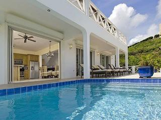 Luxury villa with view of St Barth, sunrises over Dawn Beach and swimmingpool - Saint Martin-Sint Maarten vacation rentals