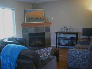 3 Bedroom Town Home in Pemberton Valley and Close to Whister - Pemberton vacation rentals