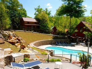 GREAT CABIN-PERFECT LOCATION book Now Fall /Winter - Gatlinburg vacation rentals