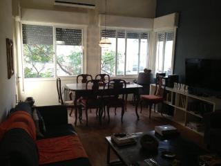 2BR w Balcony Fully furnish 1 Ha-Am - Tel Aviv vacation rentals