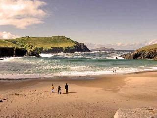 Top Rated Irish Cottage in Kerry, The Gathering - Ballydavid vacation rentals