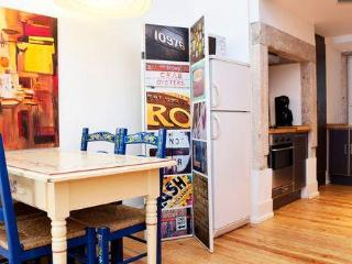 Lovely Apartment in Central Lisbon - Costa de Lisboa vacation rentals