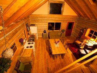 Log Cabin Retreat - a handcrafted Work of Love - Sandpoint vacation rentals