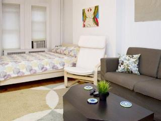 1 bedroom Apartment with Internet Access in Jersey City - Jersey City vacation rentals