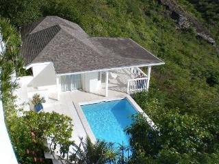 Sunny 3 bedroom Villa in Colombier with Television - Colombier vacation rentals