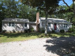 OLD SILVER BEACH! 113854 - Falmouth vacation rentals