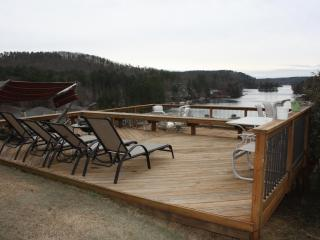 Beautiful & Cozy Home at Lake Arrowhead w deck - Waleska vacation rentals