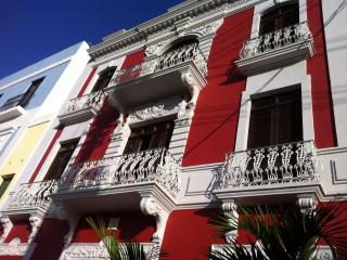 Old San Juan Bay View 3 Bedrooms/2B Elegant Floor - San Juan vacation rentals