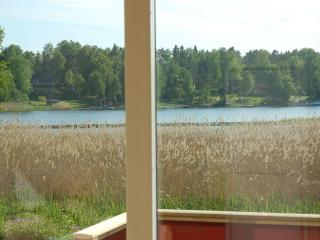 Stockholm archipelago, sleeps 4+2, boat and canoe - Norrtalje vacation rentals