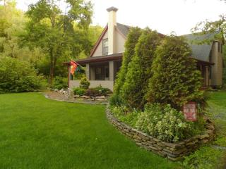 The Homestead - Country Charm at its Finest - Jim Thorpe vacation rentals