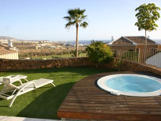 2 bedroom Villa with private jacuzzi Tenerife - Adeje vacation rentals