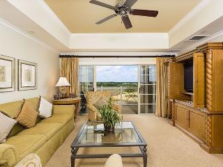 Centre Court Golf Views - Reunion vacation rentals