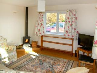 THE SCHOOL BAKEHOUSE APARTMENT, family apartment, with en-suite, woodburner, shared tennis court, in Bishop's Castle, Ref 15515 - Bishop's Castle vacation rentals