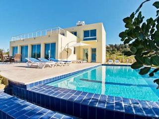 VIEW THIS!...outstanding 3 bedroom villa with..... - Ayios Amvrosios vacation rentals